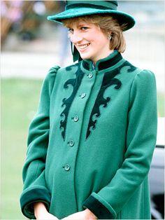 Retro Maternity Wear Looks: Princess Diana!