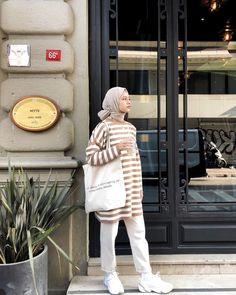 Plan Your Food Plan In Real 'Melonish' Style - My Website Street Hijab Fashion, Muslim Fashion, Modest Fashion, Fashion Outfits, Casual Hijab Outfit, Hijab Chic, Casual Outfits, Hijab Mode Inspiration, Moda Hijab