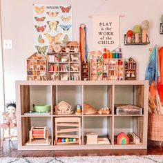 toys playroom Play Spaces, Kid Spaces, Toddler Rooms, Kids Rooms, Ikea Expedit, Baby Shower, Kids Room Design, Playroom Decor, Decoration