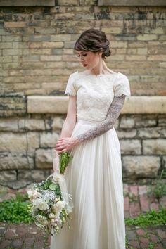 I love tattooed bride. They are so proud !