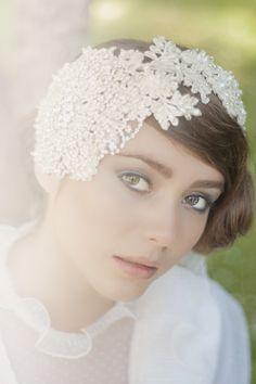 Bridal headpiece by www.parantparant.se
