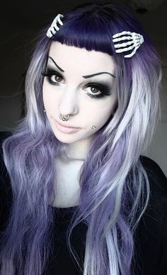 GORGEOUS pastel goth hair and makeup.