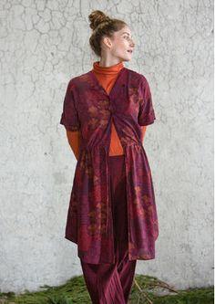"""Gudrun Sjödens Weihnachtskollektion 2015 - Dieses Kleid mit dem hübschen Druck """"Viola"""" ist der ideale Partner für alle Gelegenheiten. Bestelle jetzt dein """"Viola"""" Kleid aus Viskose: http://www.gudrunsjoeden.de/mode/produkte/kleider/kleid-viola-aus-viskose"""