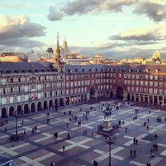 Plaza Mayor, Madrid (from the Instagram album @victoriano )