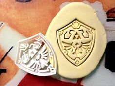 Zelda Link Shield Cookie Cutter by CookiePrints, $14.99