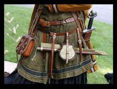 Viking belt bling by VendelRus Costume Français, Viking Costume, Medieval Costume, Costume Halloween, Vikings Art, Norse Vikings, Viking Tunic, Viking Dress, Historical Costume