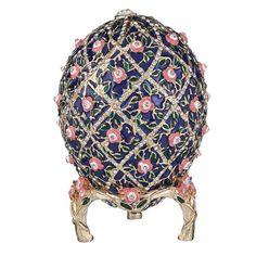 Kitten Cake, Fabrege Eggs, Faberge Eier, Rose Trellis, Tsar Nicholas Ii, Jewel Box, Home Decor Furniture, Box Art, Trinket Boxes