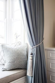 A classic American bedroom in the perfect pale blue palette by Highgate House - The Interiors Addict Navy Blue Curtains, Linen Curtains, Curtains With Blinds, Curtains Living, Blue Bedroom Curtains, High Curtains, Light Bedroom, Vintage Curtains, Modern Curtains