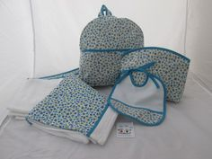 Conjunto Flores Azul Peperett@s Toalla Babero Mochila Neceser