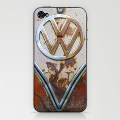 well worn, vintage VW iPhone cover    not that i have an iphone but this is cool