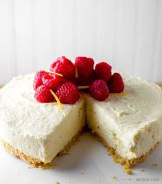 Light & Luscious Lemon Cheesecake
