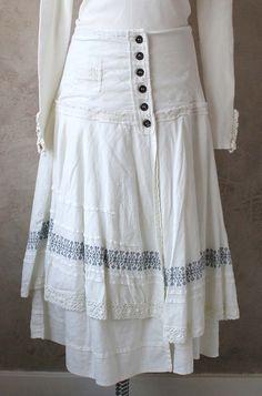 Ostebro - more skirt ideas Boho Fashion, Girl Fashion, Fashion Outfits, Diy Clothing, Sewing Clothes, Shabby, Mori Girl, Couture, White Skirts