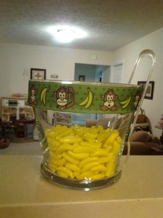 Monkey baby shower treats. @WilliamJessica Lilly , why did we not think of this for your shower?! OMG! :(