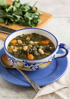 Collard Greens and White Beans Soup: warm vegan soup for a cold day