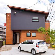 "ANDYは選べるデザインが3タイプあり、今回ご紹介するタイプは個性的な""インダストリアル""スタイル。 外観、内装共にインダストリアルスタイルに統一できます。 Dream Houses, Beautiful Homes, House Design, Interiors, Doors, Outdoor Decor, Home Decor, Blue Home, Houses"
