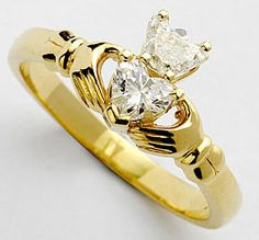 stunning! i so want a claddagh ring when i get engaged some day! what it symbolizes makes it THE perfect wedding ring ;-)