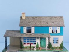 The Collector's Guide To Dollhouses