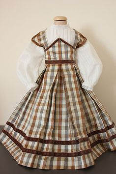 Lovely silk 1860's style antique dolls dress and blouse (huret/fashion doll)