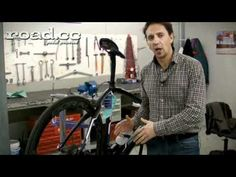 Campagnolo EPS in detail:  Uploaded by roadcc on Nov 19, 2011  Head engineer Flavio Cracco talks us round Campag's new electronic groupset