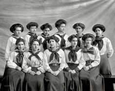 """Circa 1910. """"Gunston Hall, Virginia."""" Teen girls hair. Also note that although the blouses are uniform, the skirts are individual."""