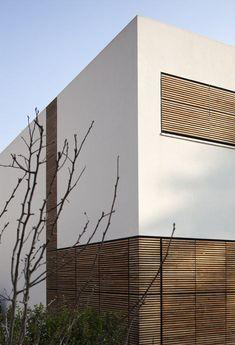Kfar Shmaryahu House by Pitsou Kedem: http://www.dezeen.com/2013/02/19/kfar-shmaryahu-house-by-pitsou-kedem/