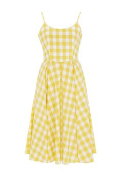 The little gingham dress you can't live without this summer, courtesy of @ThePrettyDress: http://glmr.uk/vKWyro