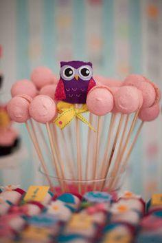 Festa das Corujas - Macarons no Palito