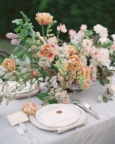 Timeless table setting inspiration.