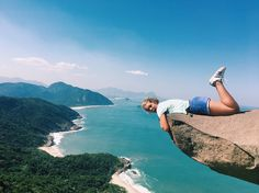i n s t a : @gabibridges  Pedro de Telegrafo, Rio, BR