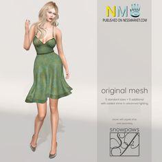 Fab Free Green Amery Dress Group Gift