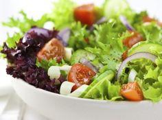 Salada de Folhas Verdes - Veja mais em: http://www.cybercook.com.br/salada-de-folhas-verdes.html?codigo=119117