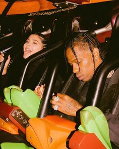 Kylie Jenner Closes Down Six Flags for Boyfriend Travis Scott's Birthday Bedroom Wall Collage, Photo Wall Collage, Picture Wall, Aesthetic Collage, Aesthetic Photo, Aesthetic Pictures, Urban Aesthetic, Photography Aesthetic, Kardashian
