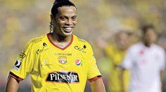 Alfaro y su mensaje por el cumpleaños de Ronaldinho #Barcelona #BarcelonaSportingClub