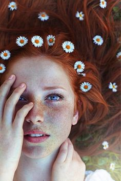 Sunflowers, red hair, and freckles. Jealous.