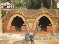 Root Cellar, Pantry Ideas, Construction, Mansions, House Styles, Building, Manor Houses, Villas, Mansion