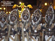 #Fiestas_Mayores_de_Almansa #Albacete. Se celebra entre Abril y Mayo. Fiestas Mayores en honor de su patrona María Santísima de Belén. Celebraciones con gran vistosidad, Desfile Festero, los Desfiles de #Moros_y_Cristianos, , la Procesión Mayor de la Virgen de Belén, la Ofrenda de Flores a la Patrona y la #Batalla_de_Flores. Destaca la espectacular Embajada Mora Nocturna a los pies del castillo, acto único en todas las fiestas de Moros y Cristianos de España. Fiesta Interés Turístico…