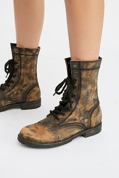 FREE PEOPLE TORTUGA COMBAT BOOTS 8 Black Distressed Lace Up FARYL ROBIN  SHOES   eBay 8667dccfa2dd