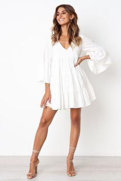 Women's Dresses Online Australia - Petal & Pup - Asher Dress – White Source by sidneymcgregor - Simple White Dress, White Boho Dress, White Long Sleeve Dress, White Mini Dress, Simple Dresses, Cute Dresses, Casual Dresses, Short Dresses, Dresses With Sleeves