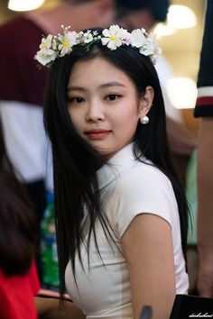 My Favorite Fashion Kim Jennie, Jenny Kim, Kpop Girl Groups, Kpop Girls, Korean Girl, Asian Girl, Rapper, Blackpink Photos, Kim Jisoo