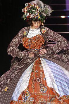 John Galliano Fall 2004, John Galliano, haute couture, couture, fashion, catwalk, runway