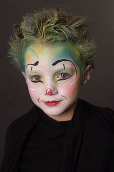 Are you new to face painting? Circus Makeup, Clown Makeup, Costume Makeup, Halloween Face Makeup, Face Painting Designs, Body Painting, Clown Face Paint, Clown Faces, Kids Makeup