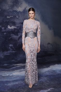 Marchesa Fall 2020 Ready-to-Wear Fashion Show - Vogue Marchesa, Dressy Dresses, Club Dresses, Nice Dresses, Pageant Dresses, Evening Dresses, Fashion 2020, Fashion Show, Review Fashion