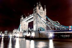 London At Night Photograph by HConwayPhotography