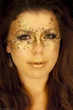 DIY Halloween Makeup / Pretty sparkley eyes! Halloween? - Fereckels
