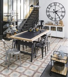 Dining room industrial style black wood cement and metal tiles with a large black vintage metal clock and old factory old staircase and of course the classic glass loft style workshop of the world of the world architecture Source by Inspire Me Home Decor, Industrial House, Industrial Style, Industrial Metal, Industrial Design, Home Renovation, Home Remodeling, Küchen Design, Interior Design