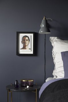 Chambre masculine sobre - Clem Around The Corner Bedroom Color Schemes, Bedroom Colors, Bedroom Decor, Bedroom Ideas, Modern Interior, Interior Design, Design Blog, Awesome Bedrooms, Lounge