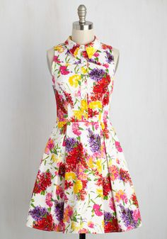 Atlanta Adventure Dress in White Flowers. New city exploration time! #multi #modcloth