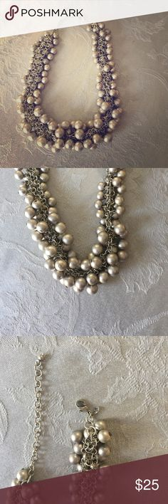 Gorgeous Statement Necklace This is a beautiful silver statement necklace by Premier Designs! It is in excellent new condition and was never worn. Beautiful piece to dress up any outfit!  Premier Designs Jewelry Necklaces