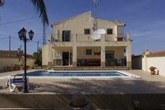 REDUCED! Catral, 2 storey 3 bed house with pool and views now 229000€ http://www.livespainforlife.com/property/3933/country-house/resale/spain/catral/catral/ (Ref: Cat PB)