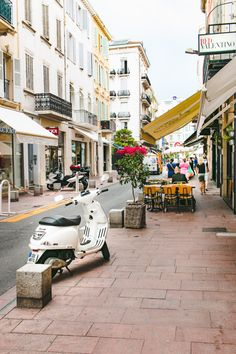 Photo Diary: Seaside on the Cote D'Azur // Cannes, France • The Overseas Escape